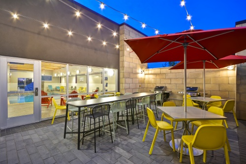 Outdoor Patio with Grills